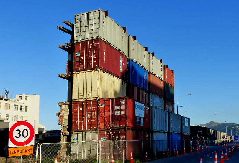 Kubernetes Debug Init Containers